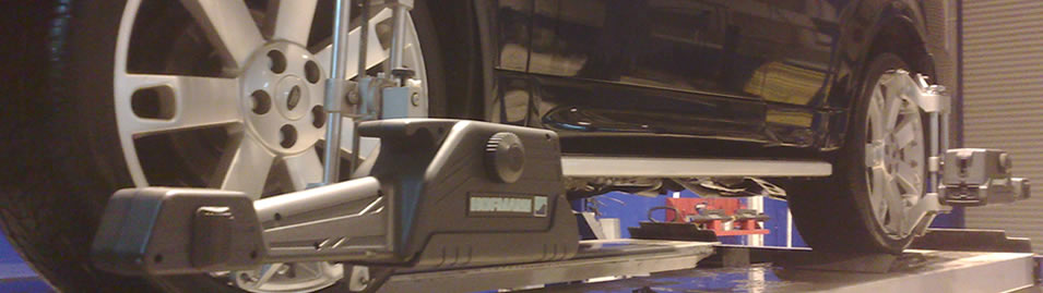 4 Wheel Alignment on Range Rover Sport by Moorfield Motor Services